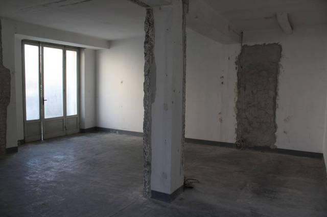 Appartamento in vendita a Alba, 2 locali, prezzo € 72.000 | CambioCasa.it