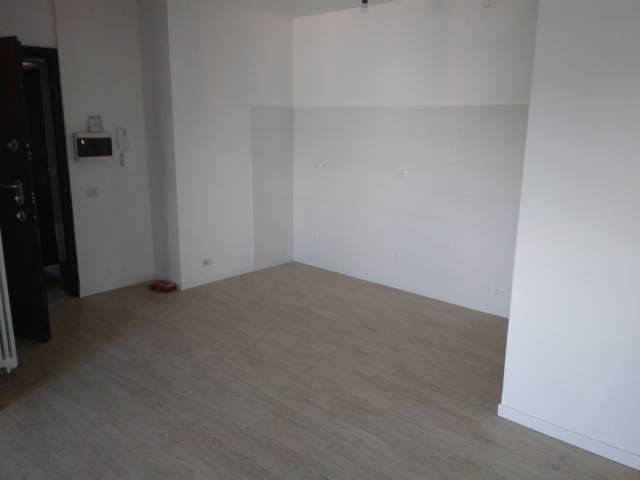 Appartamento in ottime condizioni in affitto Rif. 4811057