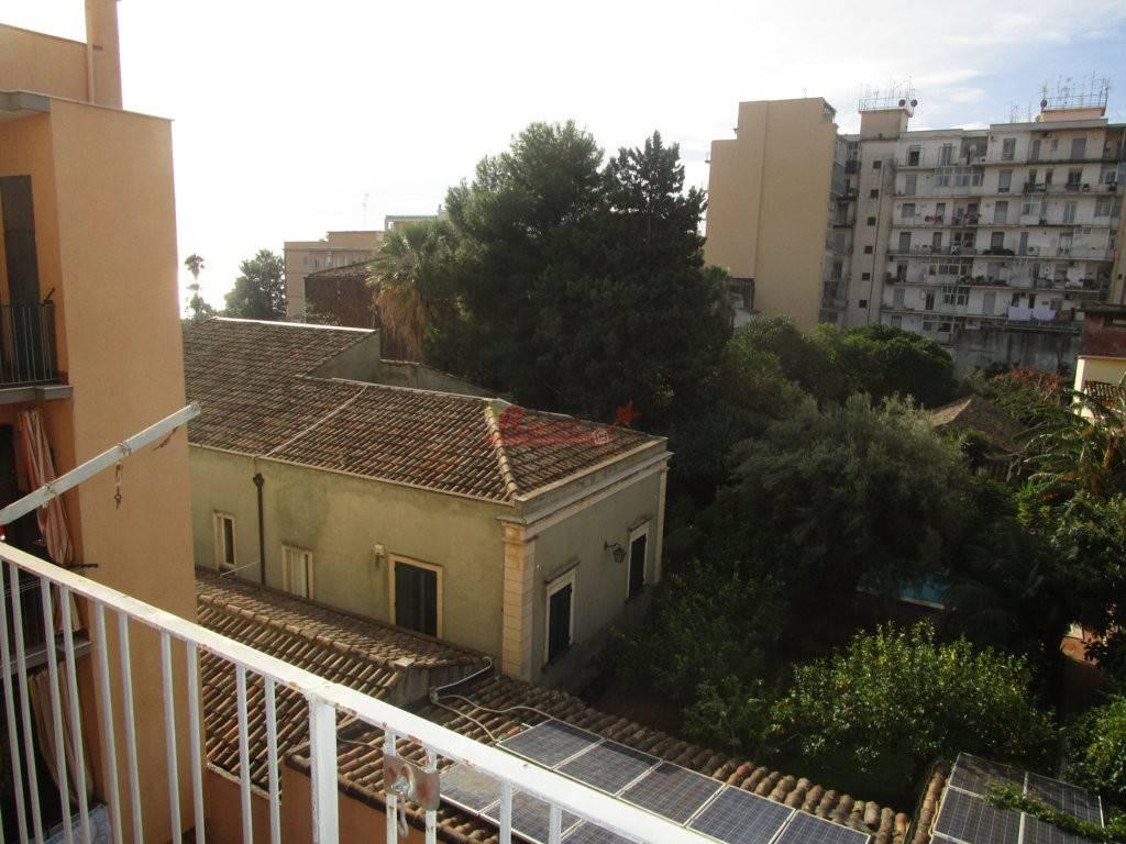 Appartamento in buone condizioni in vendita Rif. 5765626