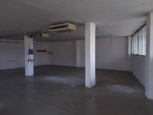 Magazzino - capannone in affitto Rif. 5771029