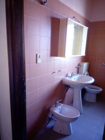Appartamento in buone condizioni in vendita Rif. 6923109