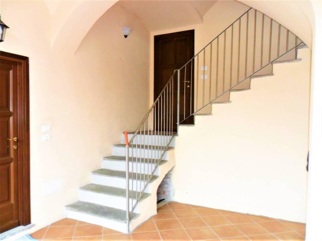 Appartamento in ottime condizioni in vendita Rif. 5783552