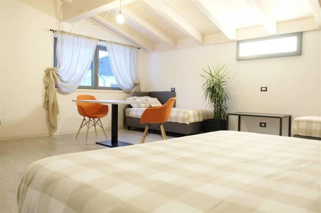 Appartamento in Vendita a Loano: 2 locali, 55 mq