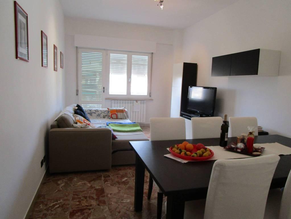 Appartamento in ottime condizioni arredato in vendita Rif. 9149900