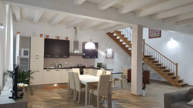 Appartamento di 177 mq su due livelli