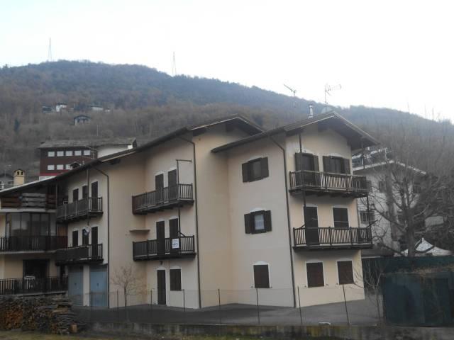 Appartamento in ottime condizioni arredato in affitto Rif. 5814543