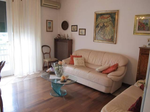 Appartamento in Vendita a Pistoia Periferia Sud: 5 locali, 100 mq