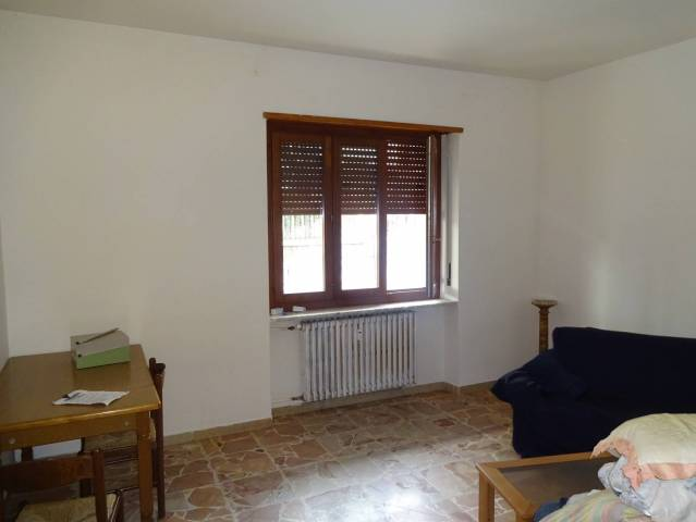 Appartamento in ottime condizioni parzialmente arredato in vendita Rif. 5811639