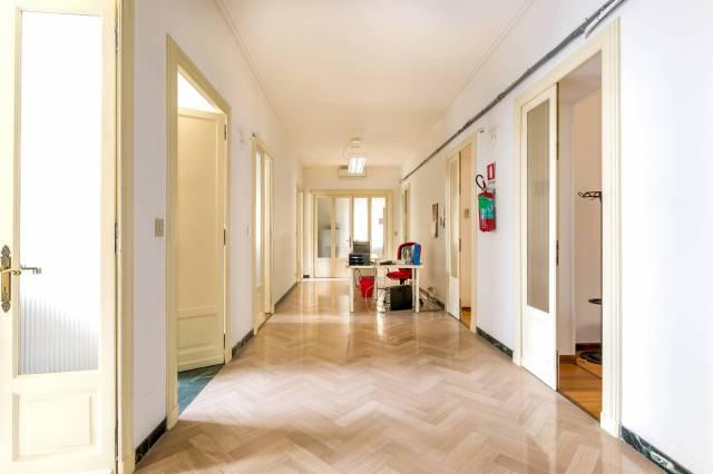 Appartamento in Vendita a Torino: 5 locali, 175 mq
