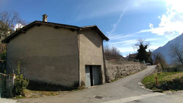 Rustico / Casale da ristrutturare in vendita Rif. 5814548