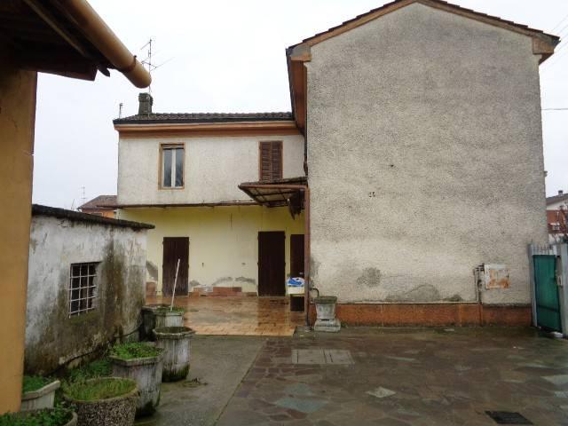 Soluzione Indipendente in vendita a Genivolta, 6 locali, prezzo € 72.000 | PortaleAgenzieImmobiliari.it