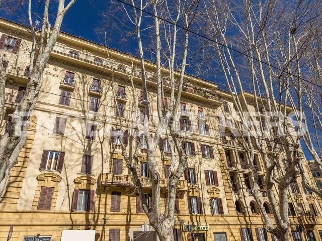 Appartamento in Vendita a Roma: 4 locali, 185 mq - Foto 2
