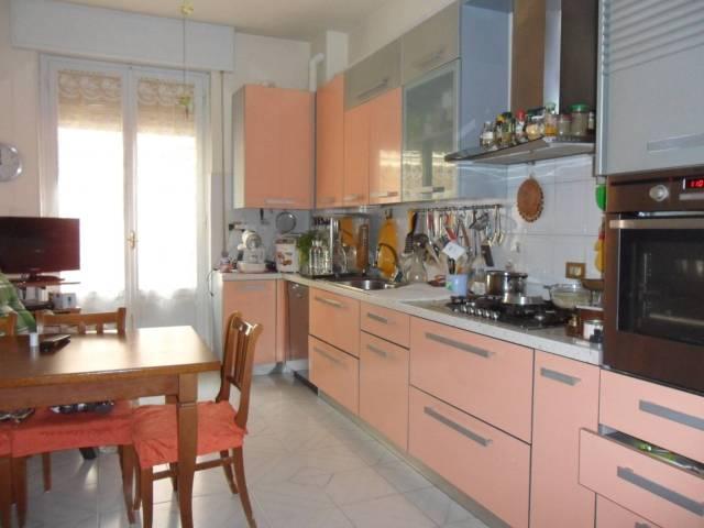 Appartamento in buone condizioni in vendita Rif. 5814550