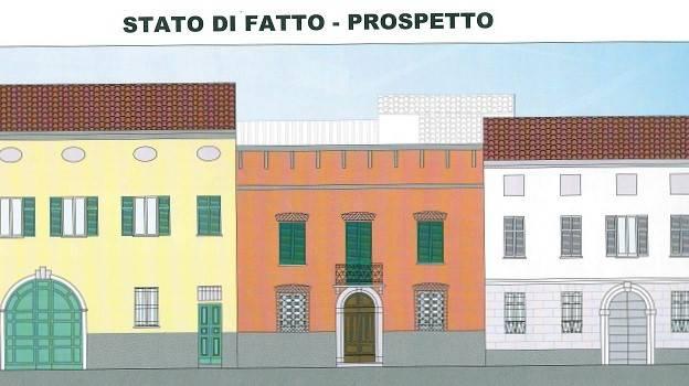 Palazzo / Stabile in Vendita a Crema