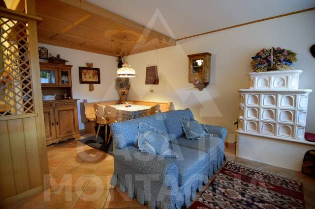Appartamento in buone condizioni arredato in vendita Rif. 5002513