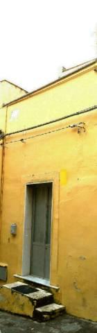 Casa Indipendente di tre vani Motta Sant'Anastasia Centro