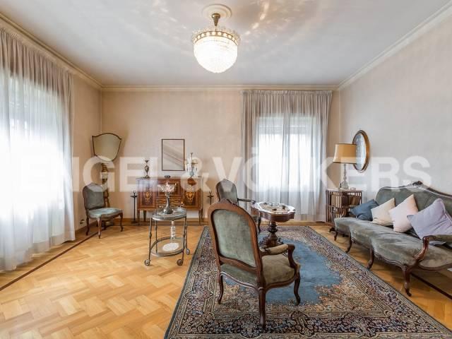Appartamento in Vendita a Roma 13 Appio Latino / Appia Antica: 5 locali, 130 mq