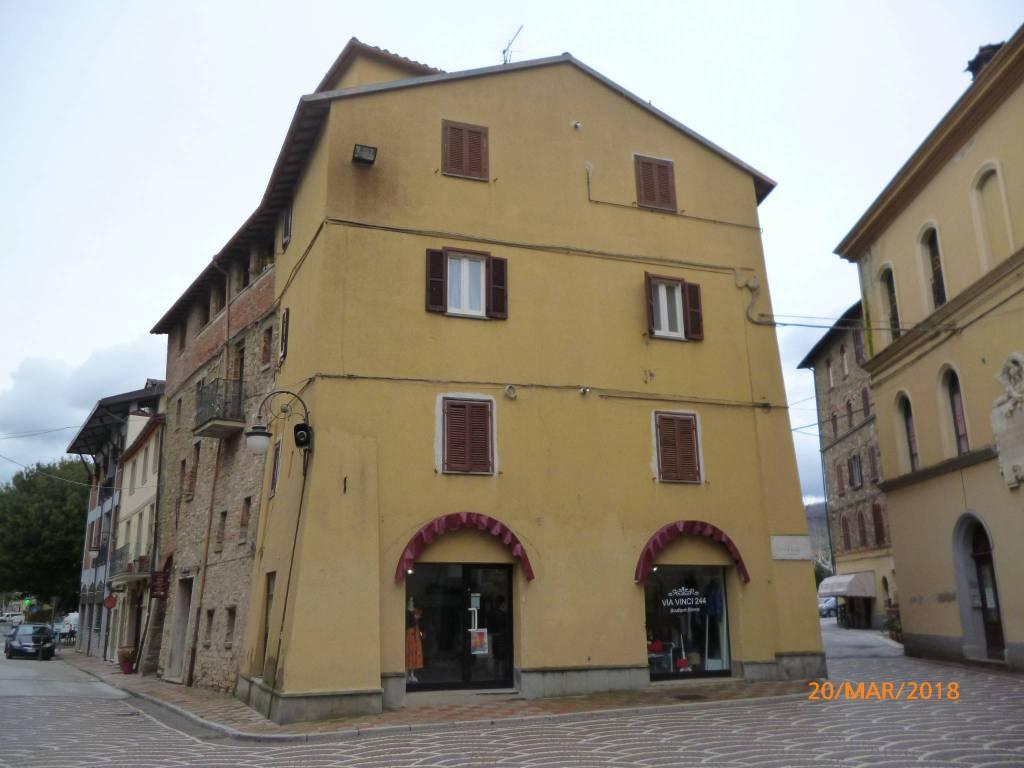 Appartamento in Vendita a Passignano Sul Trasimeno Centro: 2 locali, 45 mq