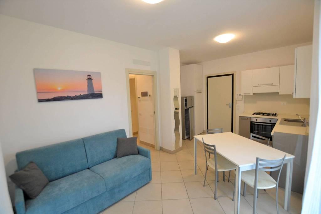 Appartamento in Affitto a Riccione Centro: 3 locali, 65 mq