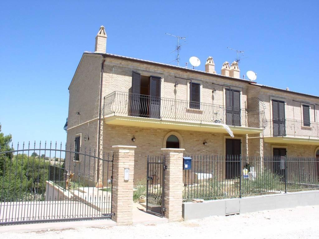 Villa in vendita a Ripatransone (AP)