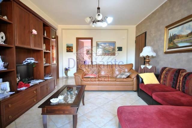 Appartamento in Vendita a Mascalucia Periferia: 4 locali, 120 mq