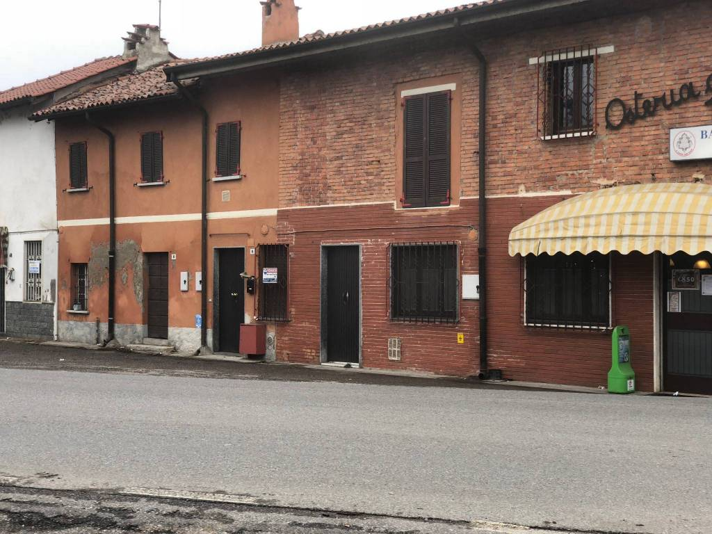 Appartamento in buone condizioni in vendita Rif. 5831994
