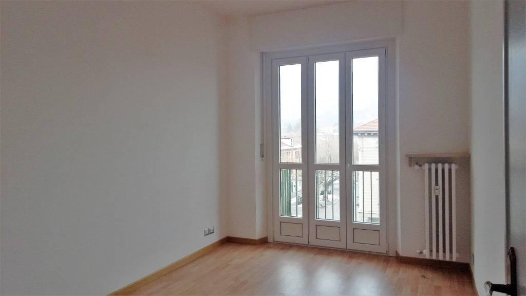 Appartamento in ottime condizioni in affitto Rif. 7141175