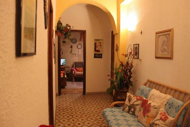 Appartamento in buone condizioni in vendita Rif. 6372905