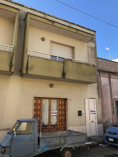Casa indipendente in Vendita a Sannicola Centro: 5 locali, 215 mq