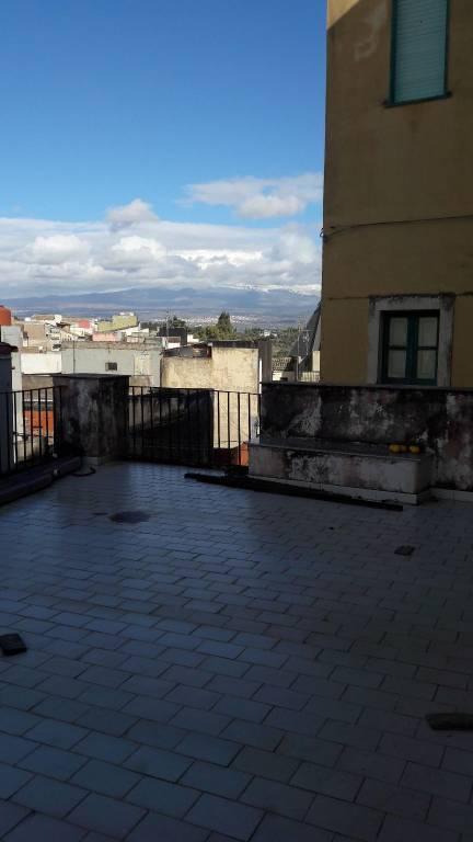 Appartamento da ristrutturare in vendita Rif. 5850815