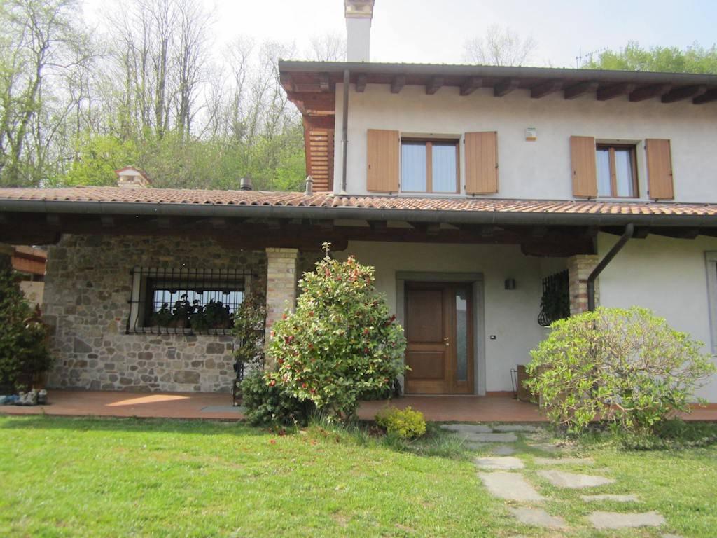 Villa in vendita a Tricesimo, 7 locali, prezzo € 680.000 | CambioCasa.it