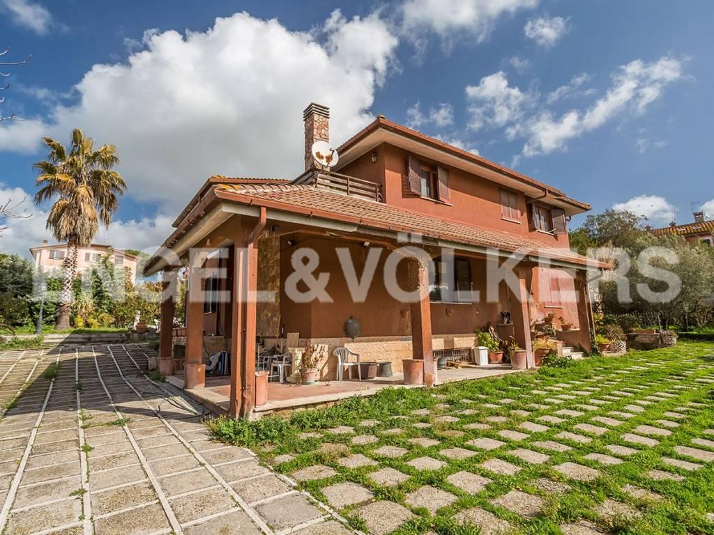 Villa in Vendita a Roma 05 Montesacro / Talenti / Bufalotta: 5 locali, 338 mq