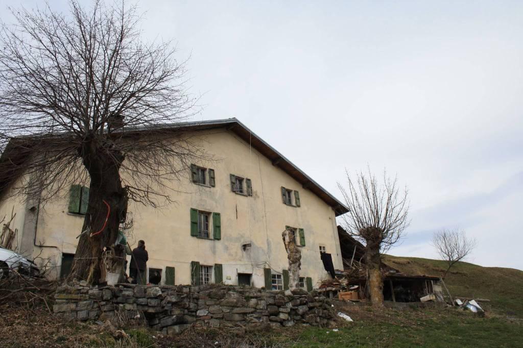 Rustico / Casale in vendita a San Fedele Intelvi, 5 locali, prezzo € 360.000 | PortaleAgenzieImmobiliari.it