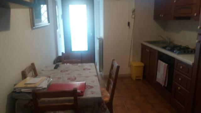 Appartamento in buone condizioni arredato in affitto Rif. 5867172