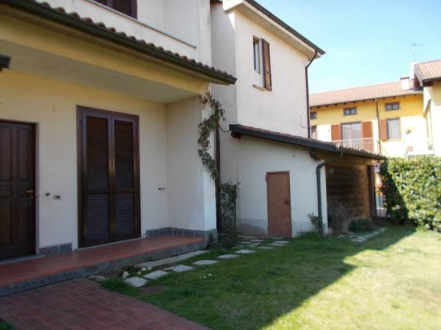 Villa a Schiera in Vendita a Borgarello