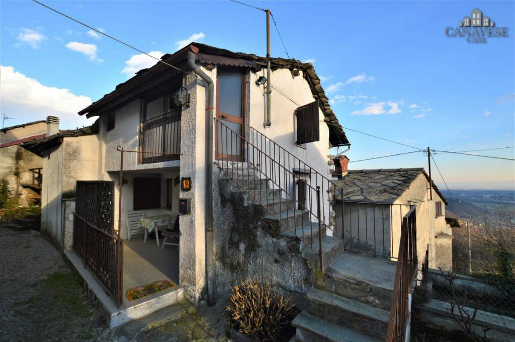 Casa Indipendente in buone condizioni in vendita Rif. 5864122