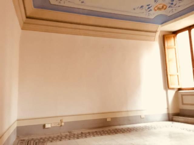 Ufficio-studio in Affitto a Pisa Centro: 5 locali, 120 mq