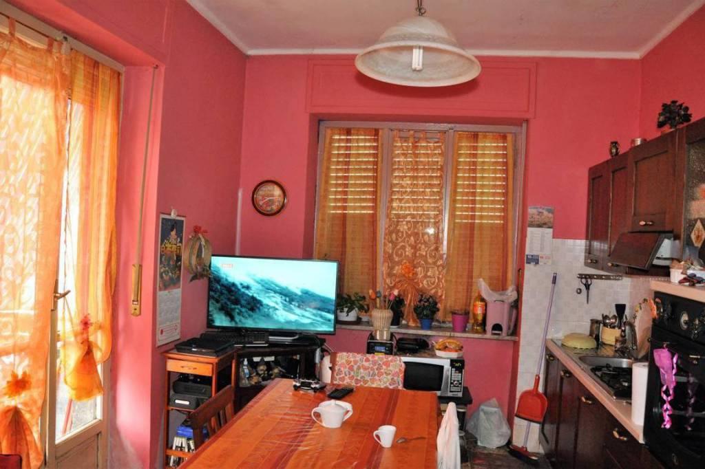 Appartamento in vendita a San Mauro Torinese, 3 locali, prezzo € 62.000 | CambioCasa.it