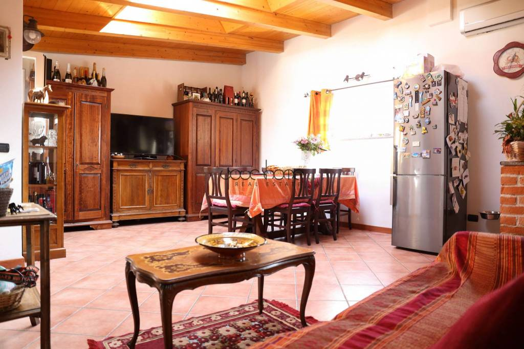 Appartamento in vendita 2 vani 65 mq.  via Luigi Canonica 39 Milano
