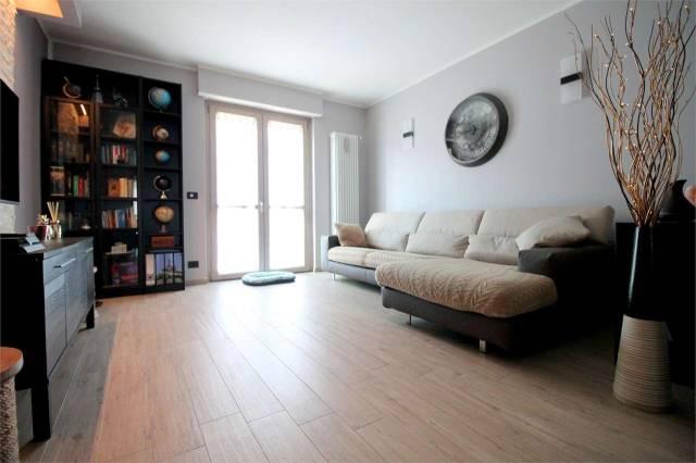 Appartamento in ottime condizioni in vendita Rif. 5874288