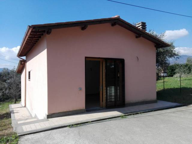 Villa trilocale in vendita a Giuliano di Roma (FR)