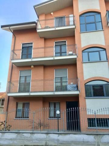 Appartamento in ottime condizioni in vendita Rif. 5963161