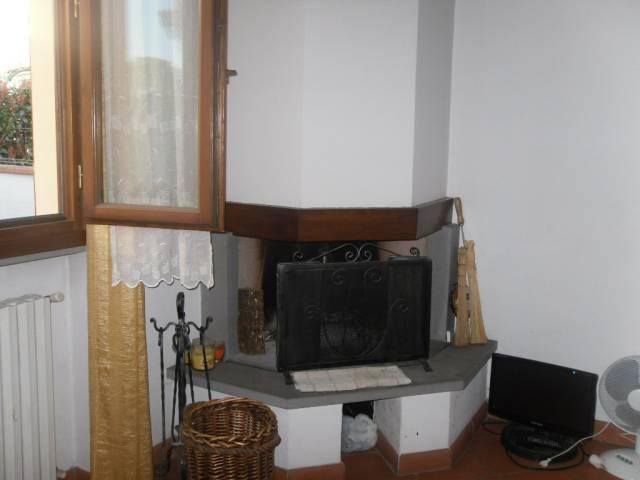 Casa Indipendente in buone condizioni parzialmente arredato in vendita Rif. 5974850