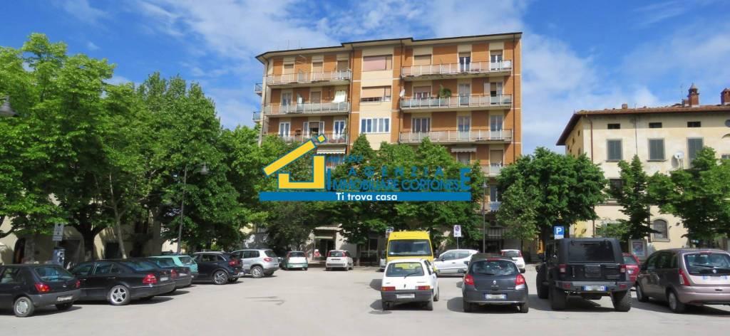 Foto 1 di Quadrilocale viale Antonio Gramsci 2, frazione Camucia, Cortona