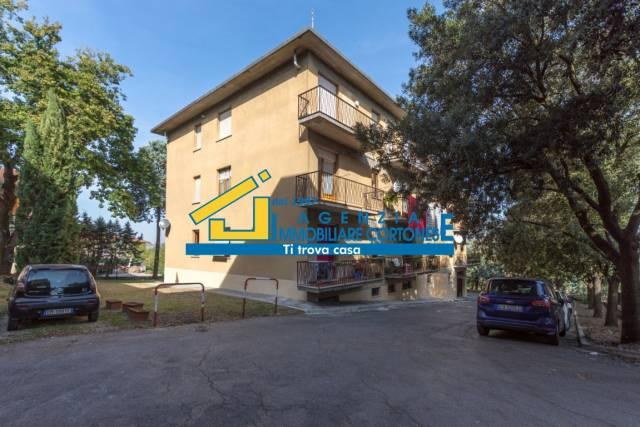 Appartamento in vendita a Foiano della Chiana, 4 locali, prezzo € 78.000 | CambioCasa.it