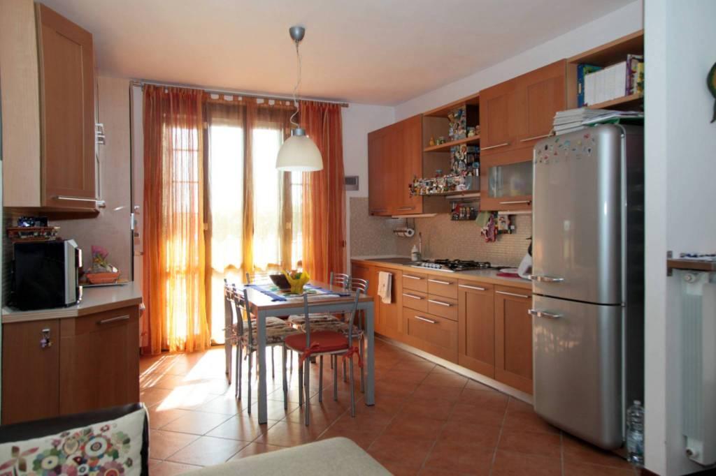 11-829 appartamento indipendente con giardino