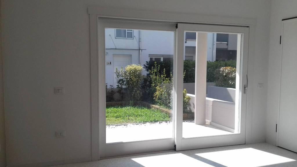 Appartamento in vendita Rif. 5914384