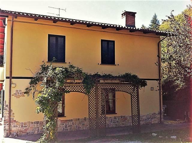 Villa indipendente a Schignano