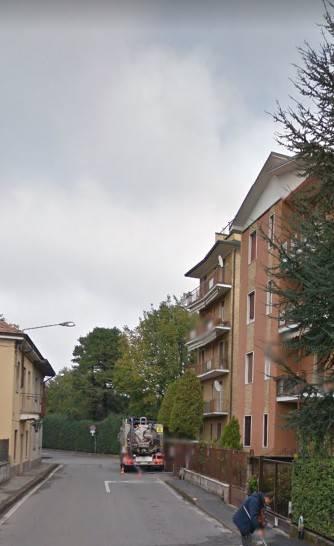 Appartamento in buone condizioni in vendita Rif. 9448127