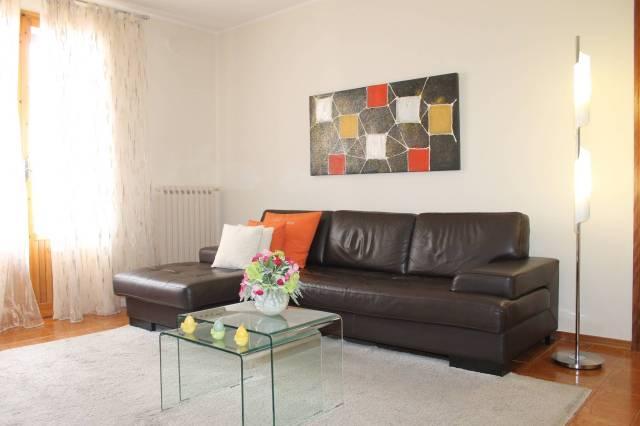 SESTOLA: Appartamento con 3 camere, garage e cantina